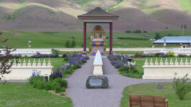 Ewam and garden of one thousand buddhas volunteer missoula Garden of one thousand buddhas